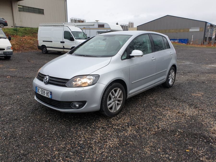 VOLKSWAGEN GOLF PLUS 1.6 TDI BLUEMOTION TECHNO.CONFORTLINE DSG 105cv 5P BVA FAP